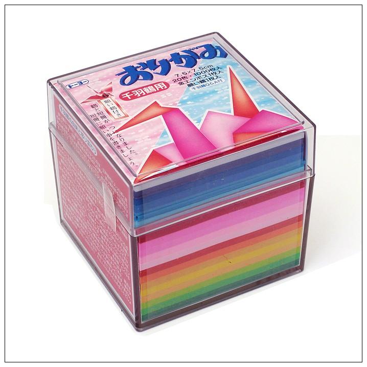 內頁放大:千羽鶴單色紙20色調1000枚(7.5cm) 附透明收納盒