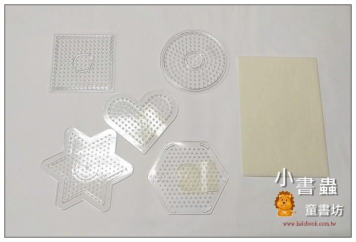 內頁放大:(透明)小模板5合1+助燙紙 :小拼豆模板