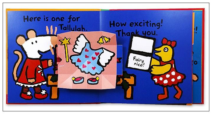 內頁放大:小鼠波波翻拉書:Maisy,s Christmas Presents