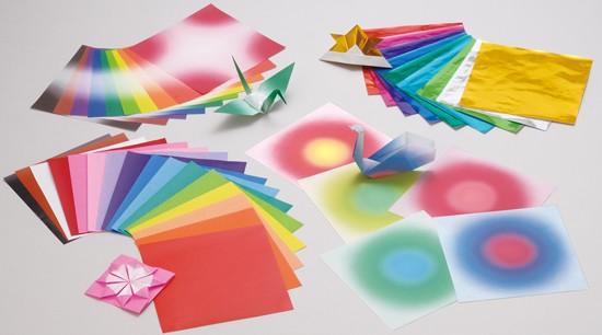 內頁放大:日本色紙:45色調教育色紙(210枚)