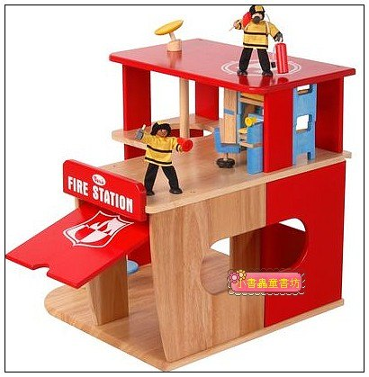 內頁放大:娃娃屋:消防局和消防隊(絕版商品)