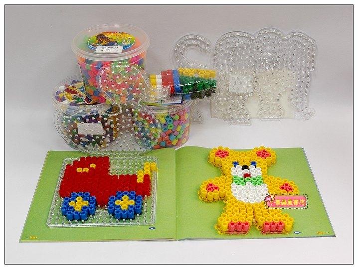 內頁放大:幼兒大拼豆示範書+5板+豆 套裝組