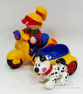 陽光女孩、三輪車和小狗:TOLO寶寶玩具