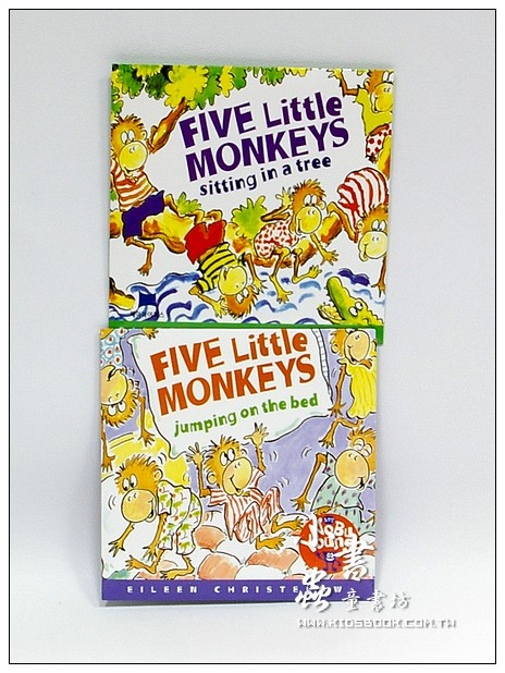 內頁放大:FIVE LITTLE MONKEYS JUMPING ON THE BED+SITTING IN A TREE CD 2合1