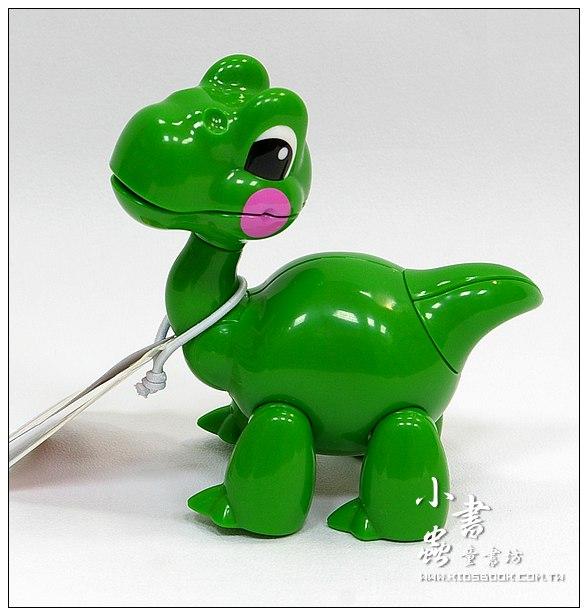 內頁放大:腕龍:TOLO動物公仔(恐龍系列)