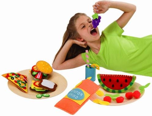 內頁放大:親子DIY:可愛不織布野餐世界