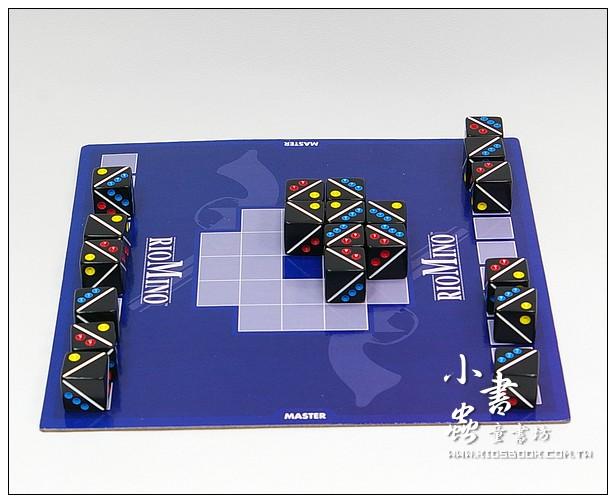 內頁放大:方塊大對決(79折)