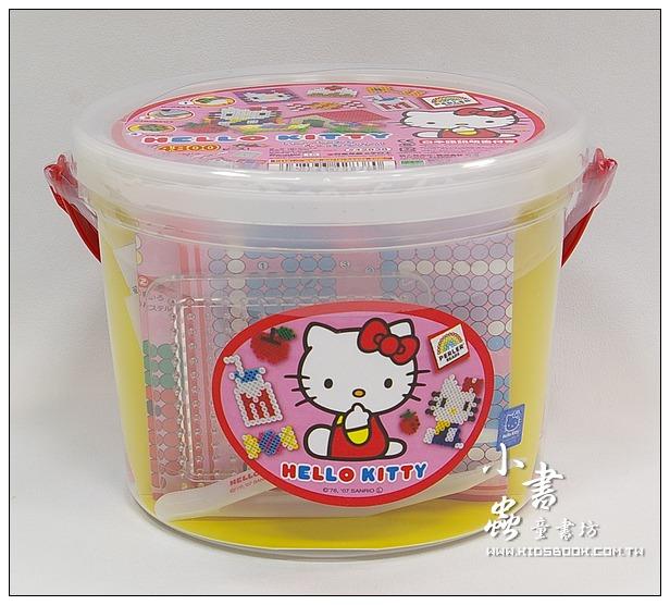 內頁放大:Hello Kitty:拼拼豆豆組合桶(Perler)