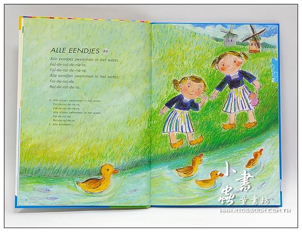 內頁放大:WEE SING英語童謠4:環遊世界唱童謠WEE SING AROUND THE WORLD(書+CD)絕版書