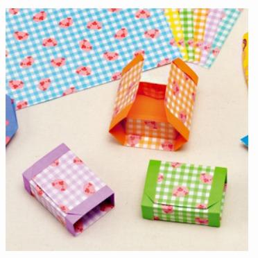 內頁放大:日本花紙(雙面):小豬(6色調36枚)(現貨數量:5)