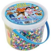 Perler拼拼豆豆-男孩、女孩和小狗5500顆拼豆組合桶42788