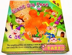 巨人踩妖怪Giant Big Feet(加贈收納小布袋)